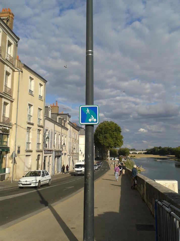 Panneau voie verte du quai du Châtelet