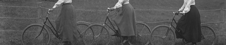 Jeanne à vélo